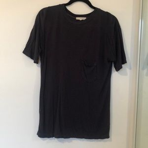 Urban Outfitters - T-shirt - Size S